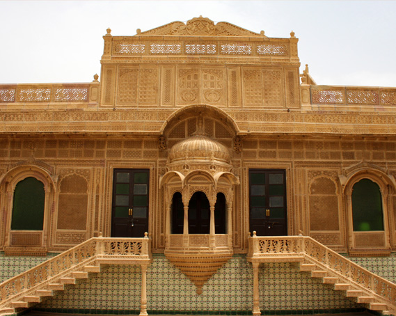 Images for palace on wheels slider img3